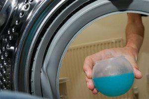 Жидкое моющее средство для пуховиков