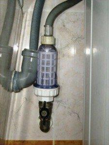 Установка фильтра для воды стиральной машины