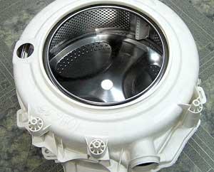 Как снять и разобрать бак стиральной машины?