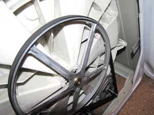 Шкив и ремень стиральной машины