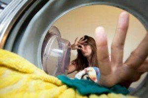 Пахнет плесенью из стиральной машины