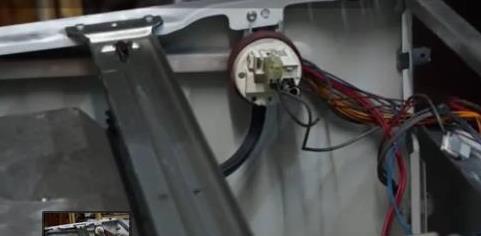 датчик уровня воды в машинке Бош