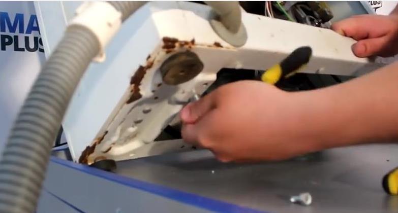 сливной насос в стиральной машине