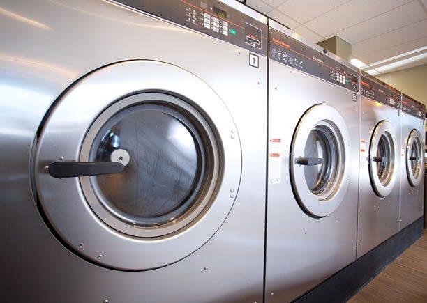 Как выбрать промышленную стиральную машину?