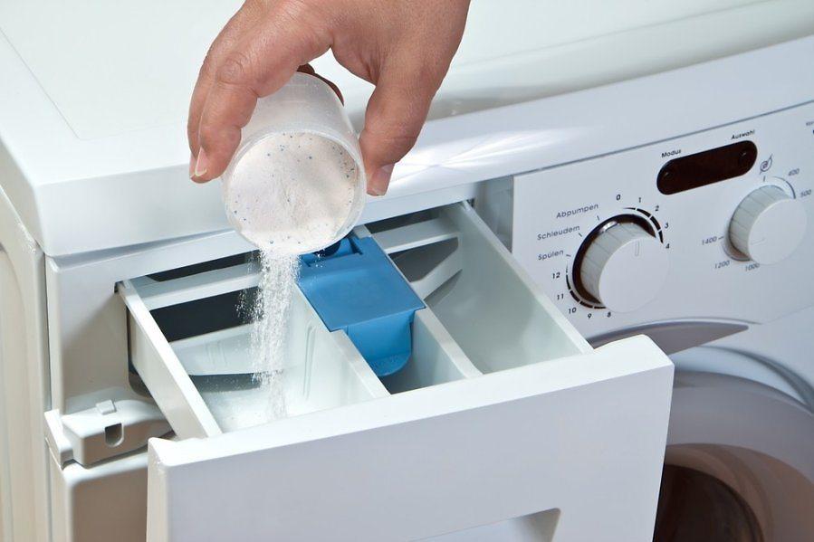 Куда сыпать порошок в стиральной машине?