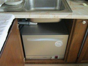 Маленькие посудомоечные машины под раковину