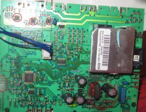 сломанная плата управления стиралки Электролюкс