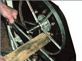 съем шкива барабана