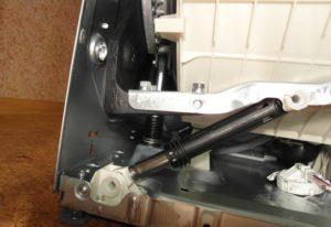Как проверить и отремонтировать амортизаторы на стиральной машине