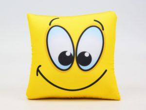 Как стирать подушку и игрушки антисресс