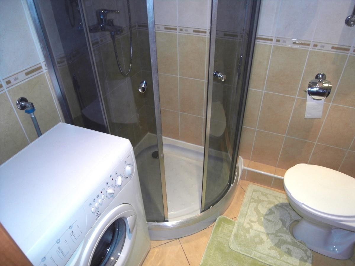 Стиральная машина в маленькой ванной - особенности дизайна