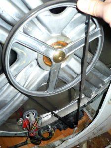 Стиральная машина Самсунг не крутится барабан