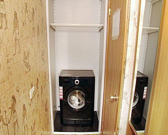 Можно ли установить стиральную машину в коридоре