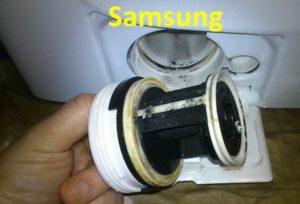 чистка фильтра в машине Самсунг