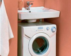 стиральная машина под раковиной