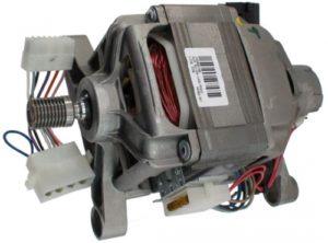 возможно утечка тока происходит через двигатель