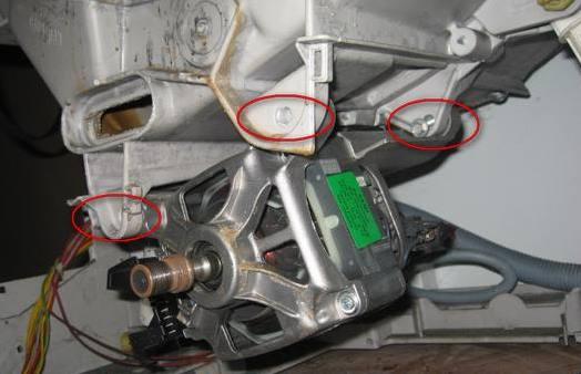 двигатель на стиралках индезит