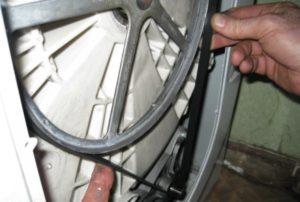замена приводного ремня на стиралке