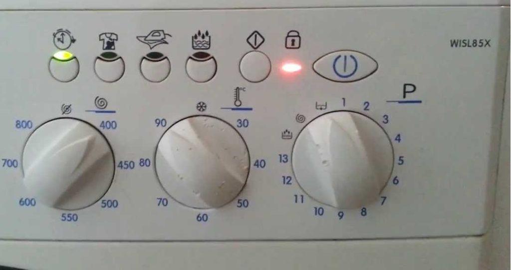 f08 на стиральной машине Аристон без дисплея