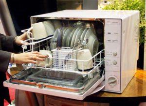 посудомойка на маленькой кухне