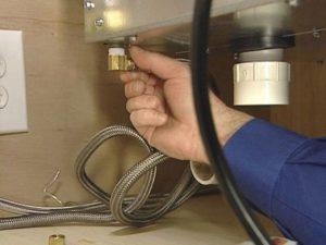 Как подключить компактную посудомоечную машину самостоятельно