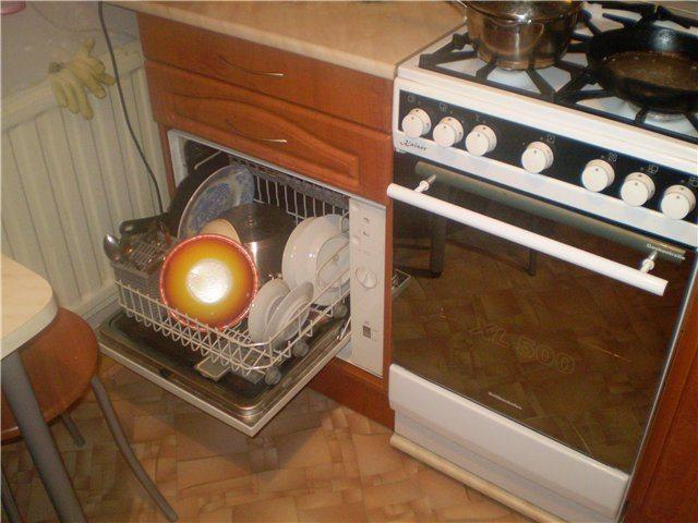 Как разместить посудомоечную машину в маленькой кухне