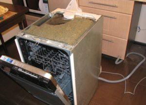 демонтаж посудомоечной машинки
