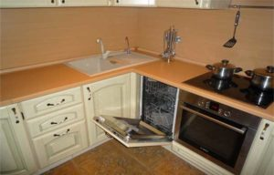 расположение посудомойки рядом с раковиной