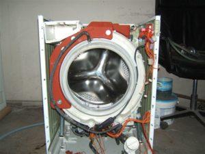 извлекаем бак с барабаном из стиральной машины Самсунг