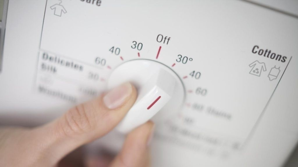выбирайте температуру 40 градусов
