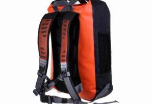 туристический рюкзак с водоотталкивающим покрытием может испортится от машинки