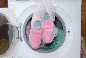 На какой программе стирать кроссовки в стиральной машине LG