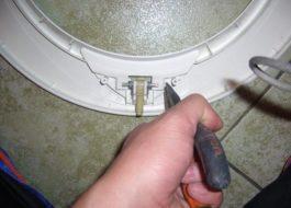 Замена ручки люка стиральной машины Индезит