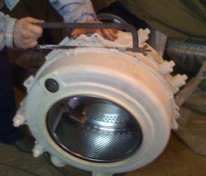 Как распилить барабан стиральной машины Indesit