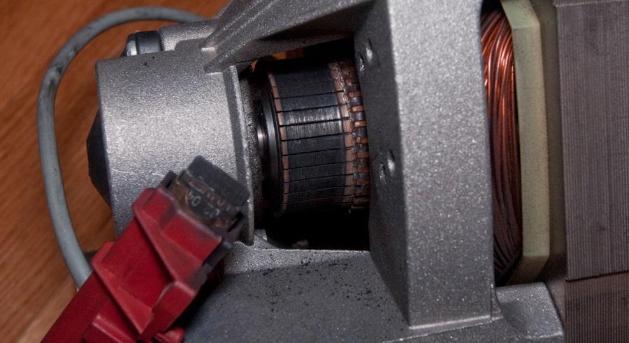 меняем щетки двигателя