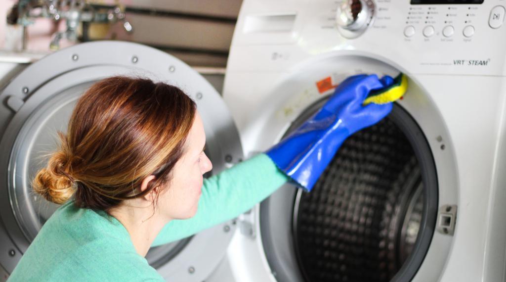 ухаживайте за стиральной машиной Самсунг