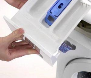 Как снять лоток для порошка в стиральной машине Samsung