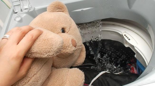 особенности стирки медведя в машинке