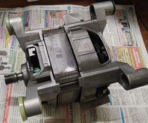 Как поменять двигатель стиральной машины Бош?