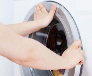 Не открывается дверь после стирки в стиральной машине Bosch