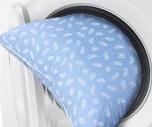Можно ли стирать детскую ортопедическую подушку в стиральной машине?