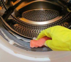 Как часто нужно чистить стиральную машину