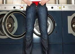 Что делать, если джинсы сели после стирки?