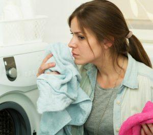 Что делать, если полотенца воняют после стирки