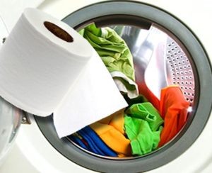 Что делать, если постирали вещи с туалетной бумагой