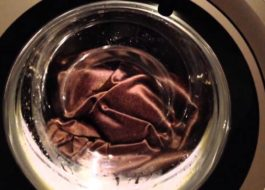 Как постирать шторы блэкаут в стиральной машине?