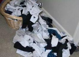 Можно ли стирать трусы с носками в стиральной машине?