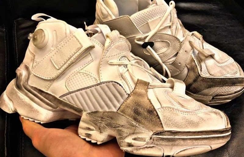 нежелательно стирать в машине поношенные кроссовки