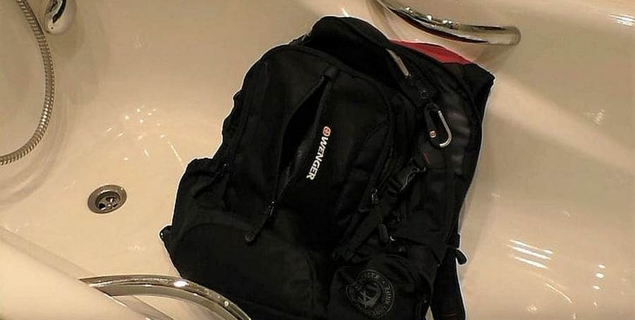 ручная стирка школьного рюкзака