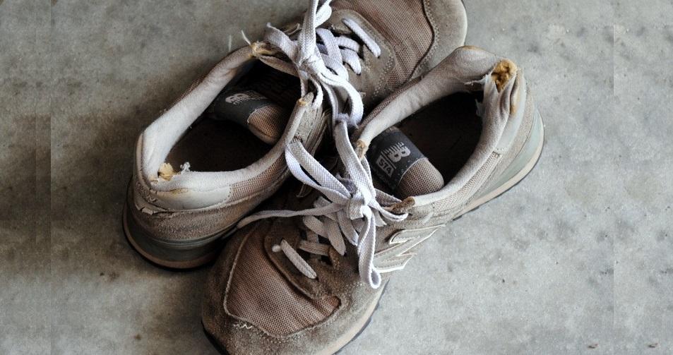 сильно поношенные кроссовки лучше не стирать
